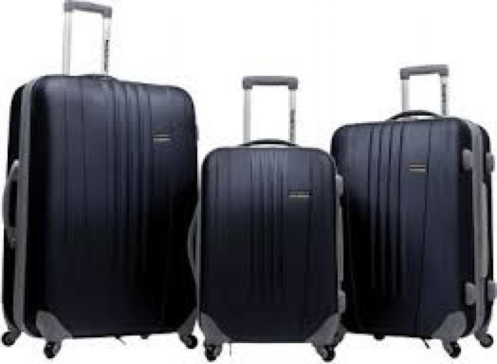 Best Traveler's Tasmania Three Piece Luggage Set